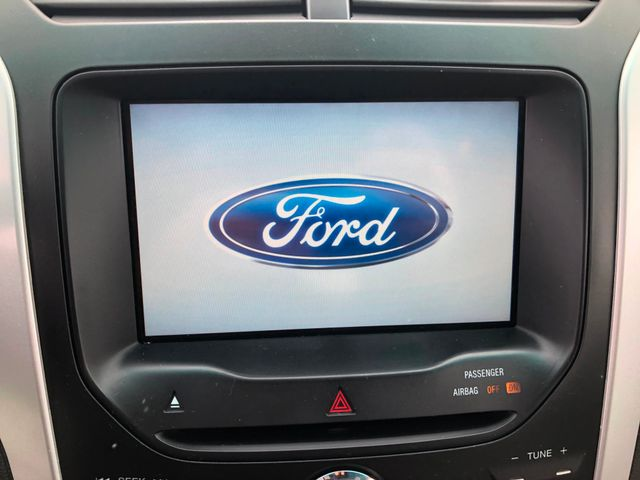 2011 Ford Explorer XLT Maple Grove, Minnesota 14