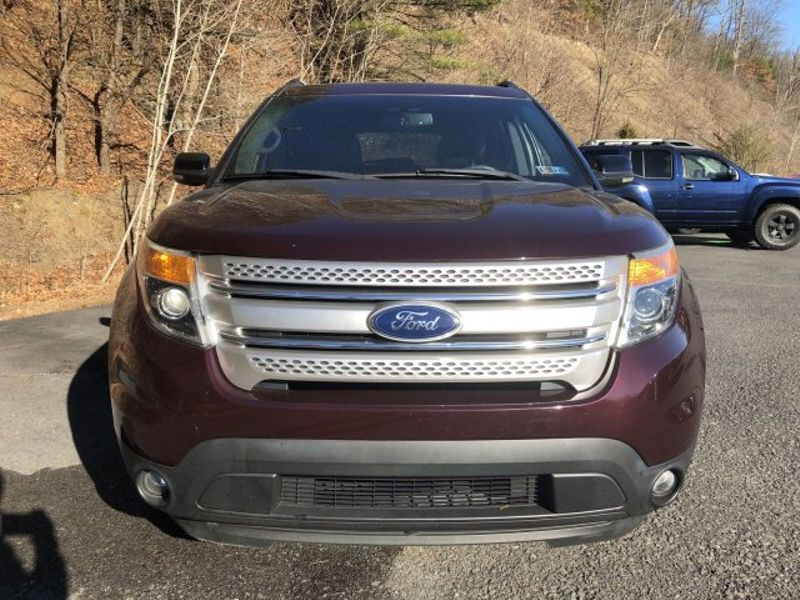 2011 Ford Explorer XLT   Pine Grove, PA   Pine Grove Auto Sales in Pine Grove, PA