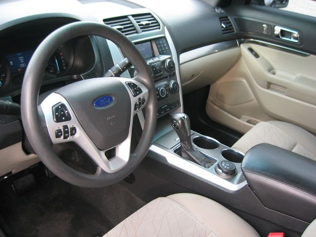 2011 Ford Explorer 4X4 Richmond, Virginia 8