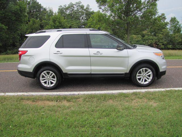 2011 Ford Explorer XLT St. Louis, Missouri 1