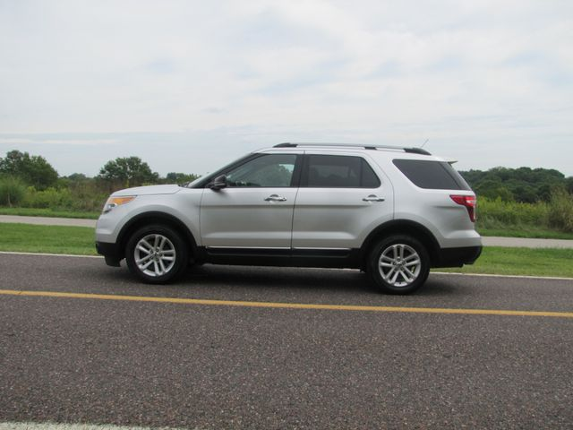 2011 Ford Explorer XLT St. Louis, Missouri 5