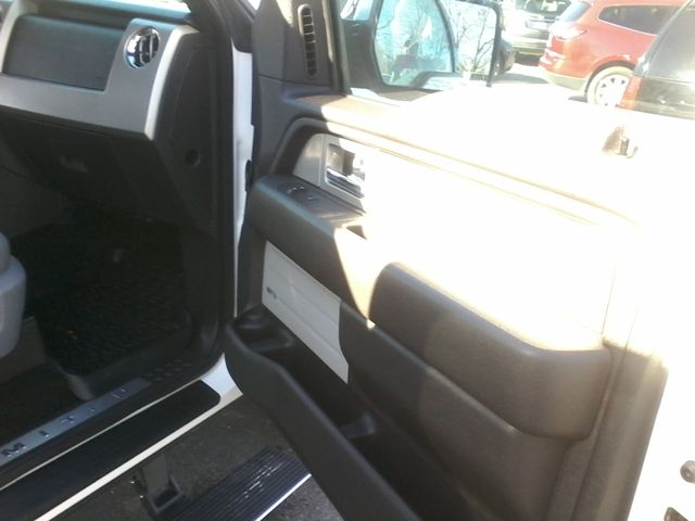 2011 Ford F-150  Limited 4x4 Boerne, Texas 18