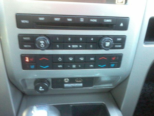 2011 Ford F-150  Limited 4x4 Boerne, Texas 28