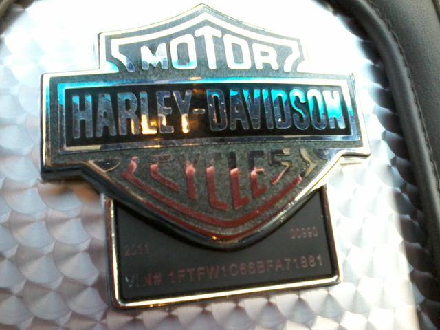 2011 Ford F-150 Harley Davidson Lariat 6.2 v8 San Antonio, Texas 24