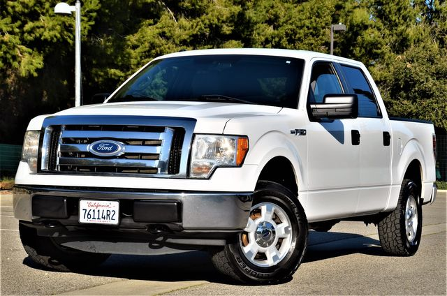 2011 Ford F-150 XLT in Reseda, CA, CA 91335