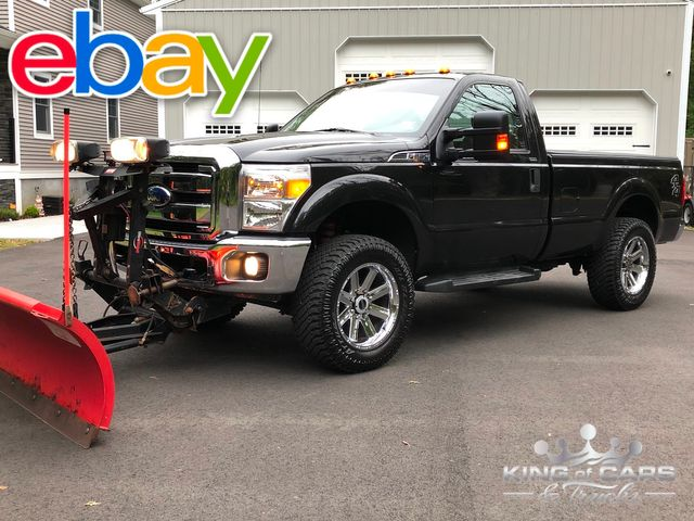 2011 Ford F-250 4x4 6.2l V8 1-Owner Rcab 8' Bed work truck W/ 8' plow only 33k Miles wow