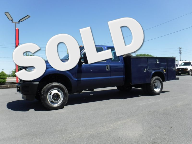2011 Ford F350 Extended Cab 9' Utility 4x4 in Ephrata PA