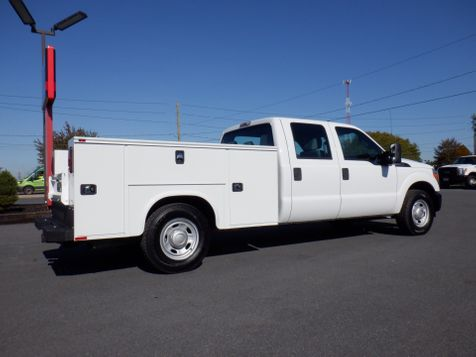2011 Ford F350 Crew Cab 2wd with New 8' Knapheide Utility Bed in Ephrata, PA