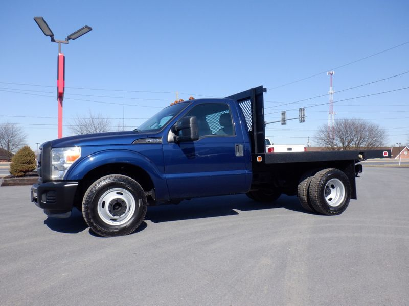 2011 Ford F350 9' Flatbed 2wd in Ephrata PA