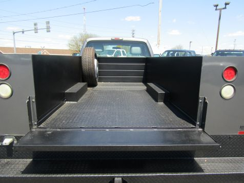 2011 Ford F350 9' Utility 2wd in Ephrata, PA