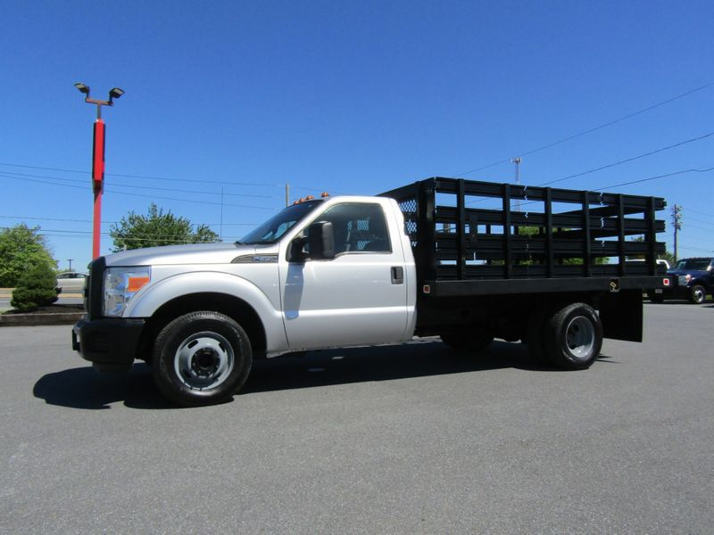 2011 Ford F350 12' Stake Flatbed Truck 2wd in Ephrata PA