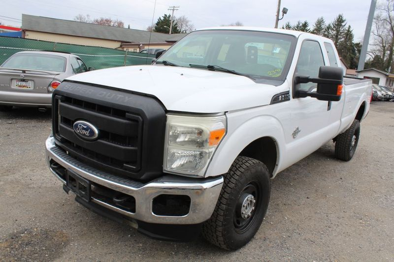 2011 Ford Super Duty F-350 SRW Pickup XLT  city MD  South County Public Auto Auction  in Harwood, MD