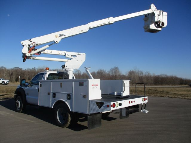 2011 Ford F550 4X4 BUCKET BOOM TRUCK Lake In The Hills, IL 39