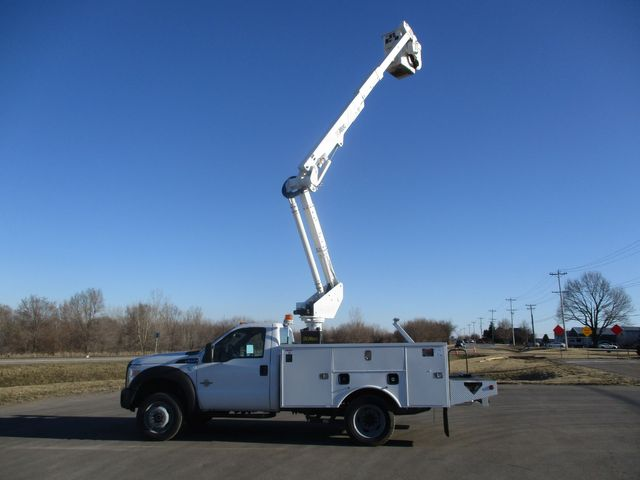 2011 Ford F550 4X4 BUCKET BOOM TRUCK Lake In The Hills, IL 40