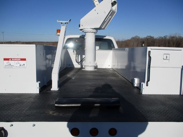 2011 Ford F550 4X4 BUCKET BOOM TRUCK Lake In The Hills, IL 41