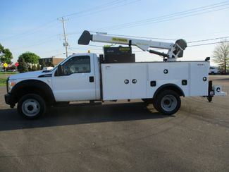 2011 Ford  F550 4X4 SERVICE UTILITY CRANE TRUCK Lake In The Hills, IL 1