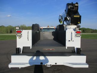 2011 Ford  F550 4X4 SERVICE UTILITY CRANE TRUCK Lake In The Hills, IL 3