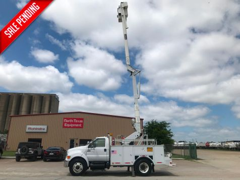2011 Ford F650 BUCKET TRUCK   in Fort Worth, TX