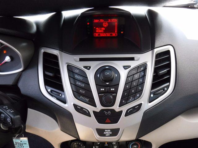 2011 Ford Fiesta SE Hatchback in Gower Missouri, 64454