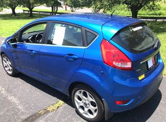 2011 Ford-2 0wner! Auto! 37 Mpg! Pretty Bright Blue! Fiesta-$999 DN WAC! OR BUY HERE PAY HERE! SES-CARMARTSOUTH.COM Knoxville, Tennessee 3