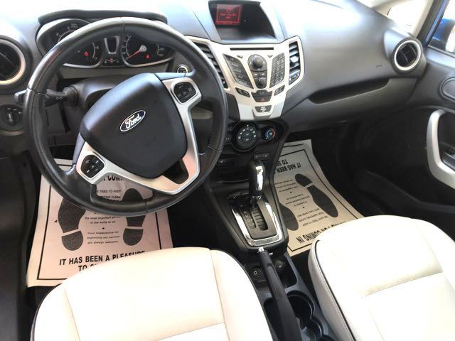 2011 Ford Fiesta SES Knoxville, Tennessee 9