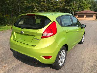 2011 Ford Fiesta SE Ravenna, Ohio 3