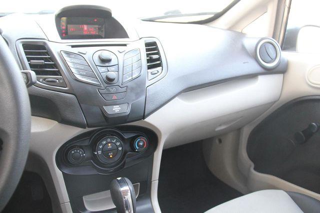 2011 Ford Fiesta S Santa Clarita, CA 18