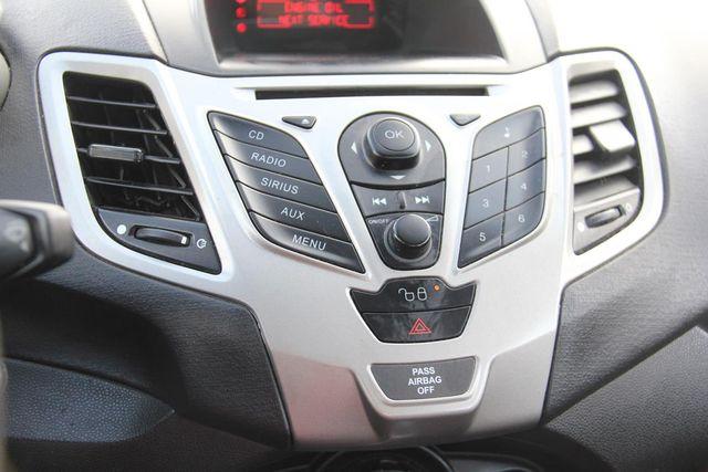 2011 Ford Fiesta SE Santa Clarita, CA 12