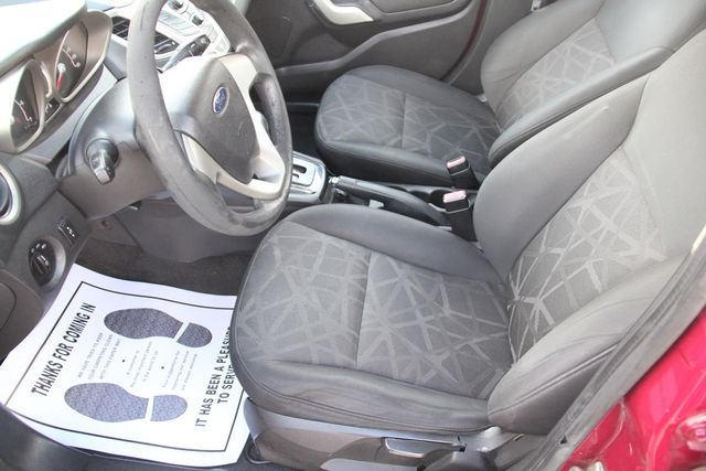 2011 Ford Fiesta SE Santa Clarita, CA 13