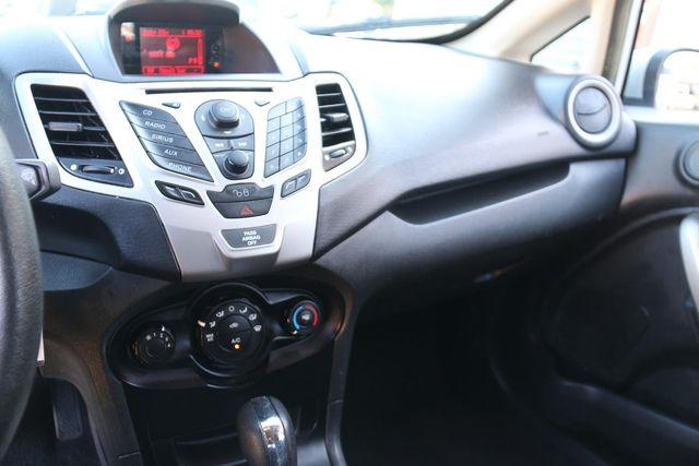 2011 Ford Fiesta SE Santa Clarita, CA 18