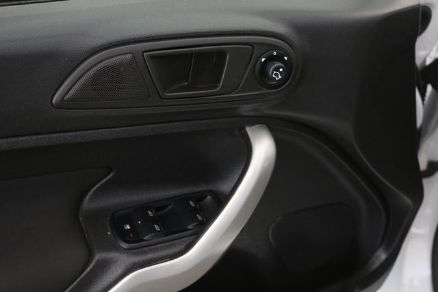 2011 Ford Fiesta SE Santa Clarita, CA 26