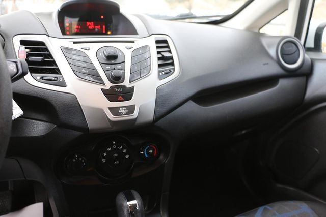2011 Ford Fiesta SE Santa Clarita, CA 17