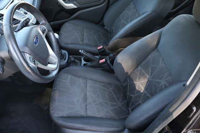2011 Ford Fiesta SES 5 SPEED MANUAL Santa Clarita, CA 13