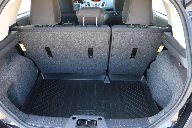 2011 Ford Fiesta SES 5 SPEED MANUAL Santa Clarita, CA 28