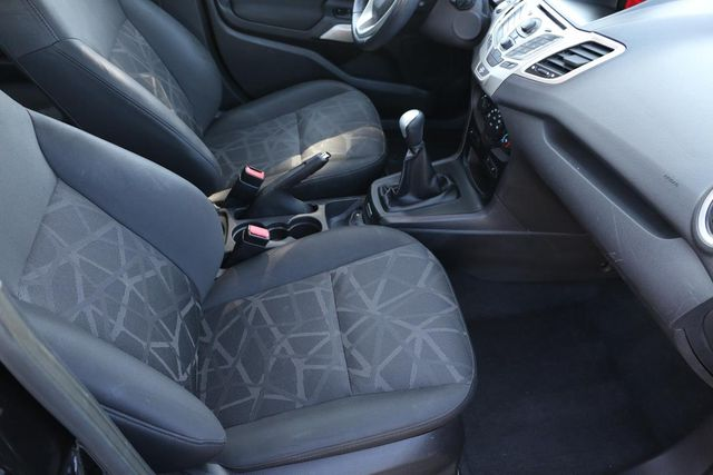 2011 Ford Fiesta SES 5 SPEED MANUAL Santa Clarita, CA 14