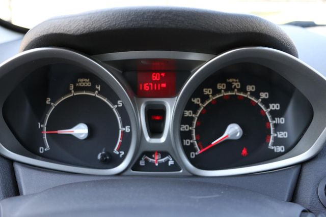2011 Ford Fiesta SES 5 SPEED MANUAL Santa Clarita, CA 17