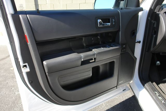 2011 Ford Flex Titanium w/Ecoboost Phoenix, AZ 24