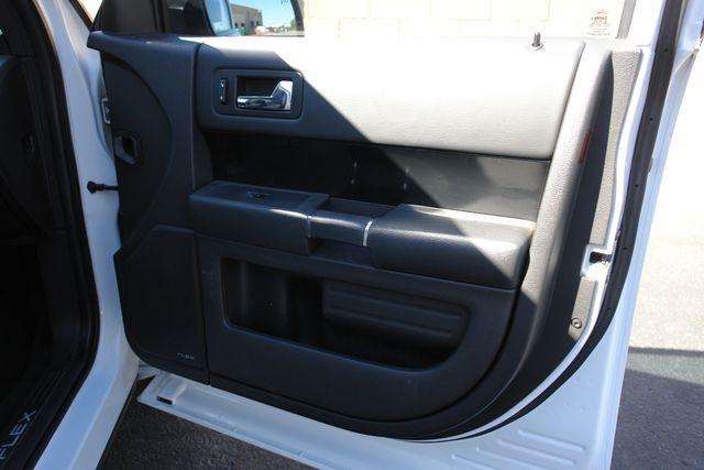 2011 Ford Flex Titanium w/Ecoboost Phoenix, AZ 41