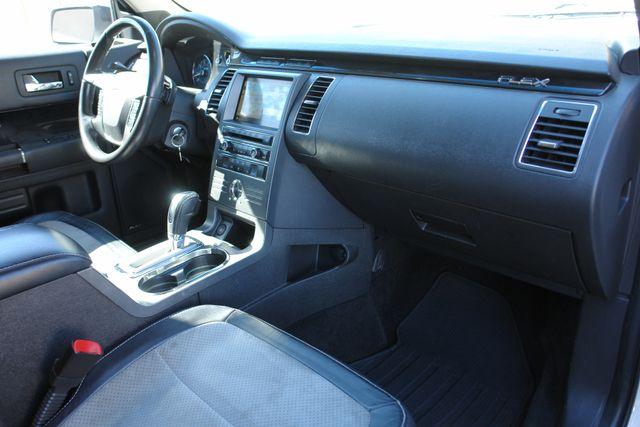 2011 Ford Flex Titanium w/Ecoboost Phoenix, AZ 42