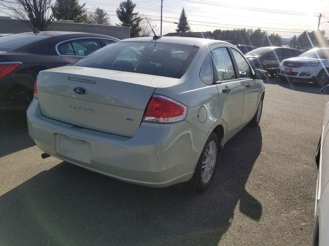 2011 Ford Focus SE Newport, VT 1