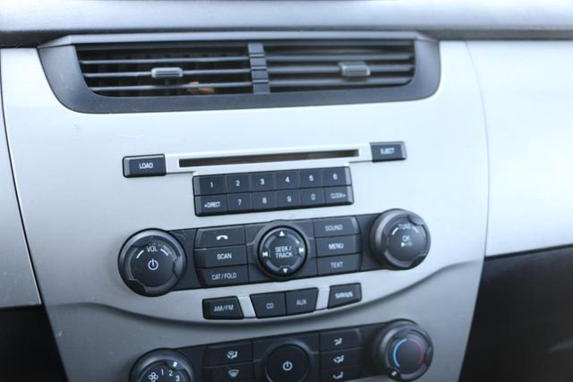 2011 Ford Focus SES Santa Clarita, CA 20