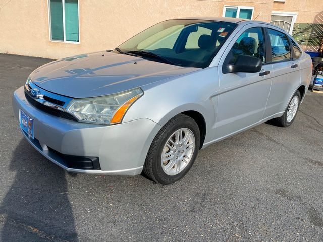 2011 Ford Focus SE - 1 OWNER, CLEAN TITLE, NO ACCIDENTS, W/ ONLY 24,000 MILES