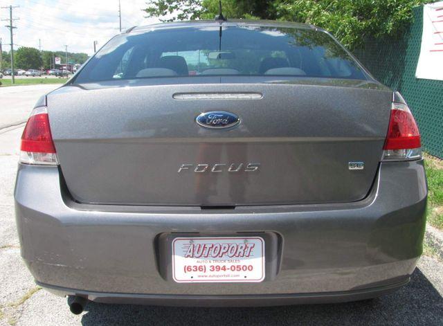 2011 Ford Focus SE St. Louis, Missouri 4
