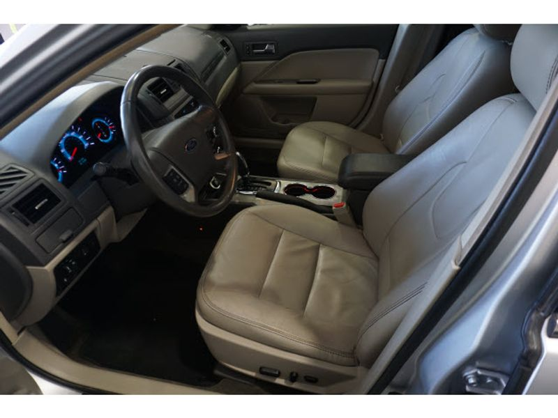 2011 Ford Fusion SEL  city Texas  Vista Cars and Trucks  in Houston, Texas