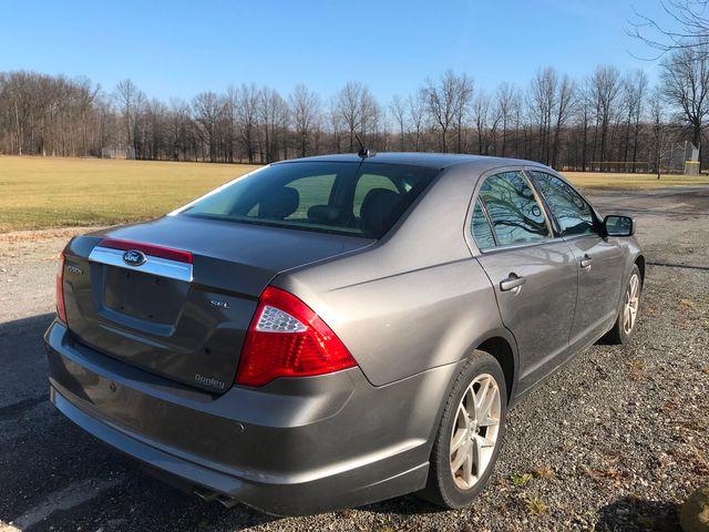 2011 Ford Fusion SEL Ravenna, Ohio 3