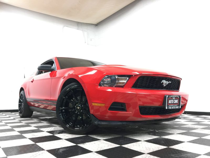 2011 Ford Mustang *Easy In-House Payments* | The Auto Cave in Addison
