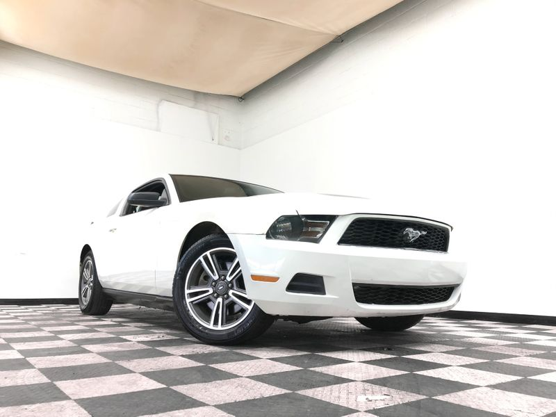 2011 Ford Mustang *Drive TODAY & Make PAYMENTS* | The Auto Cave in Addison