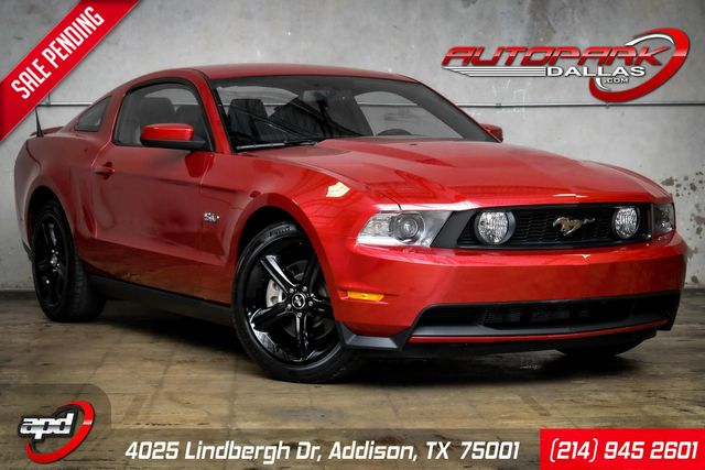 2011 Ford Mustang GT Premium LIKE NEW