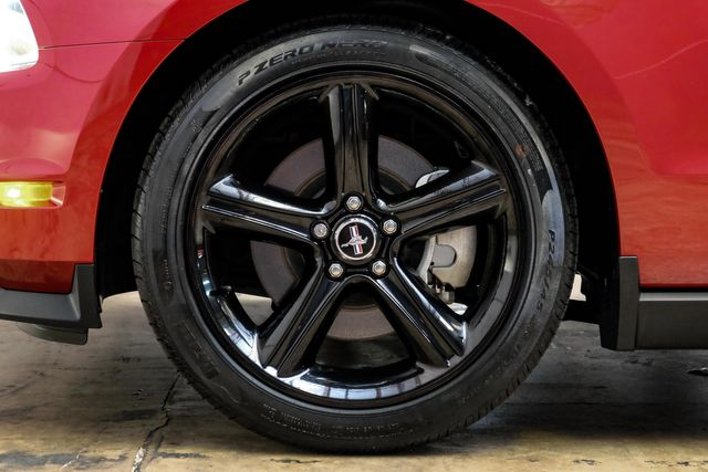 2011 Ford Mustang GT Premium LIKE NEW in Addison, TX 75001