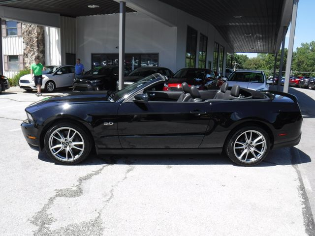 2011 Ford Mustang GT Premium Convertible in Gower Missouri, 64454